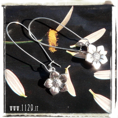 orecchini-charm-fiore-flower-earrings