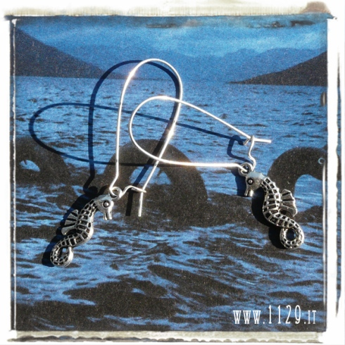 orecchini-charm-ippocampo-seahorse-earrings-1129
