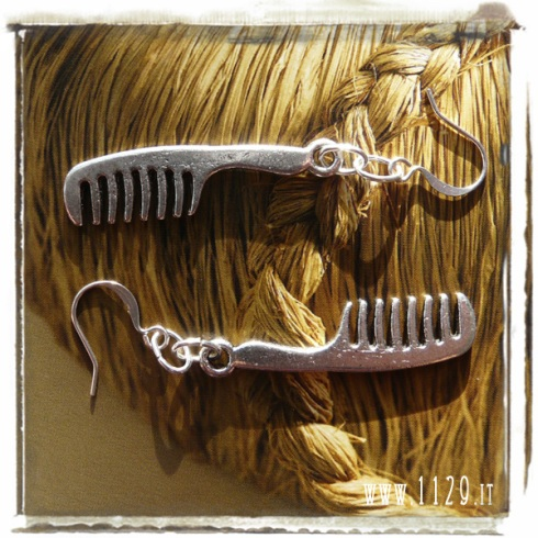 orecchini-earrings-charms-cappello-pettine-comb